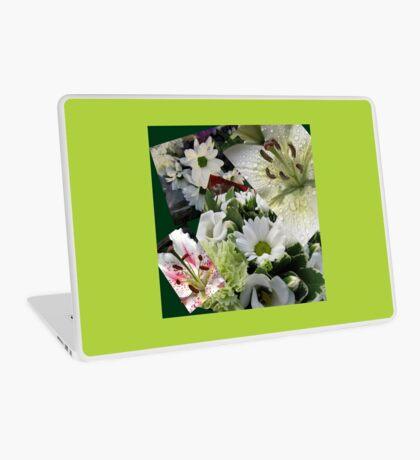 Weiße Freude - Floral Collage Laptop Skin