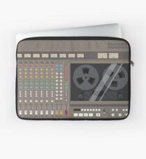 Tascam 388 - illustration Laptop Sleeve