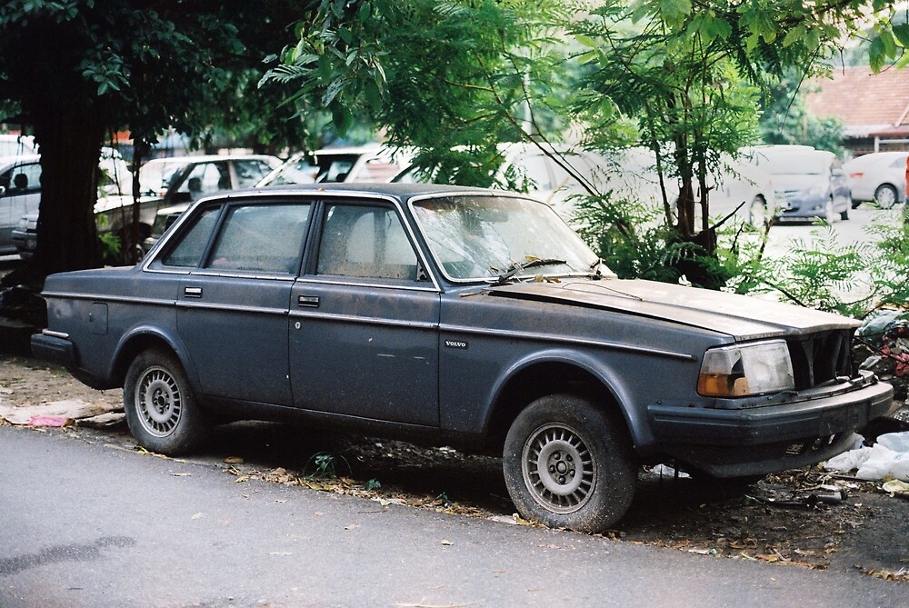 Volvo 240GLE by anuarism