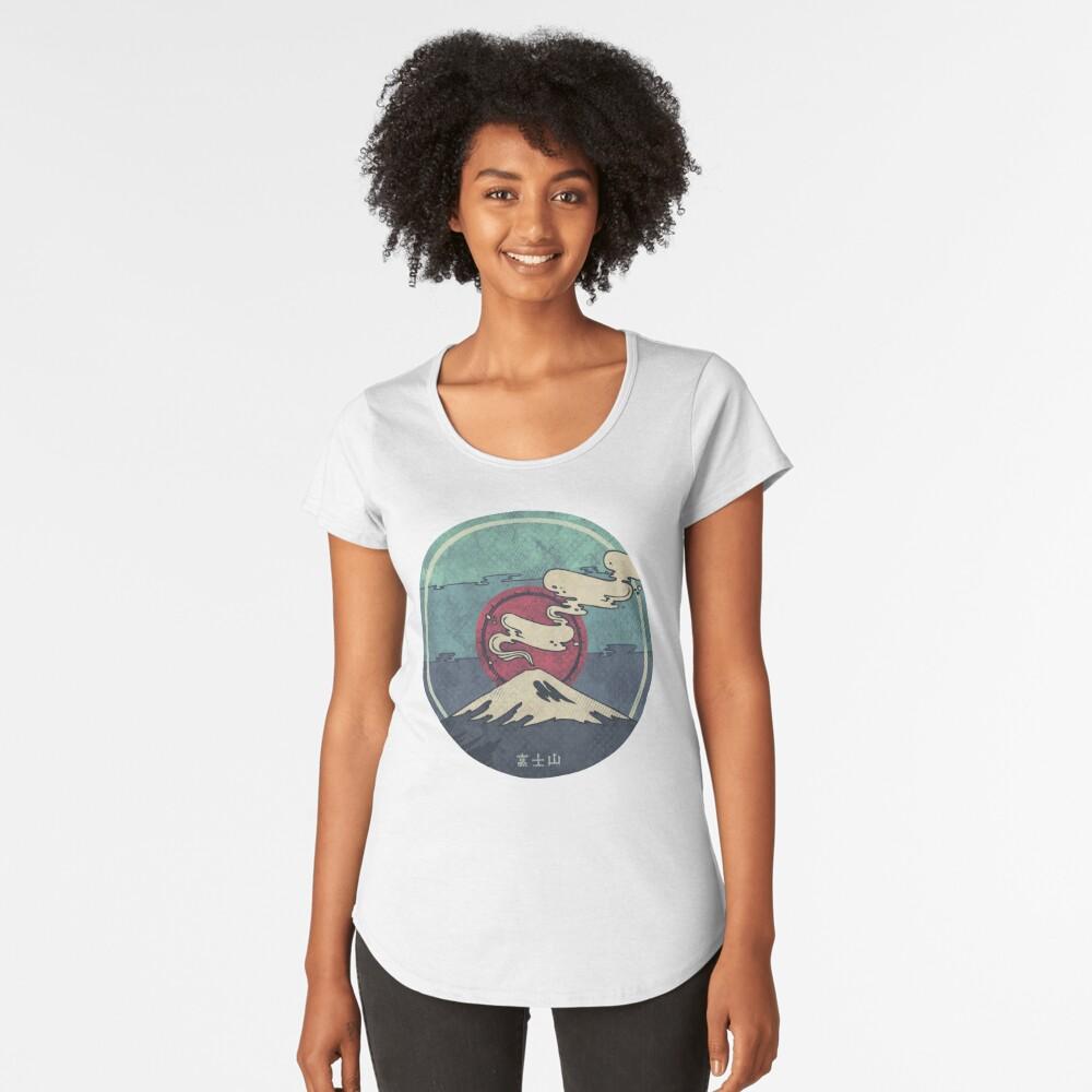 Fuji Premium Scoop T-Shirt