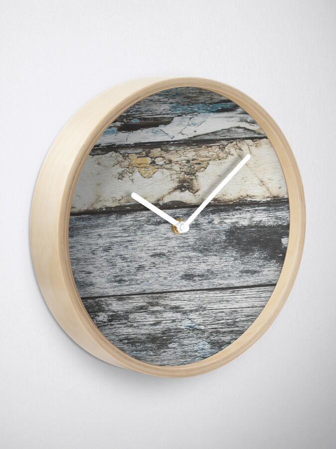 Alternative Ansicht von rustikales westliches Landbauernhaus graues Scheunenholz Uhr