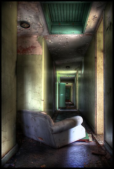 Urbex-lounge by compoundeye
