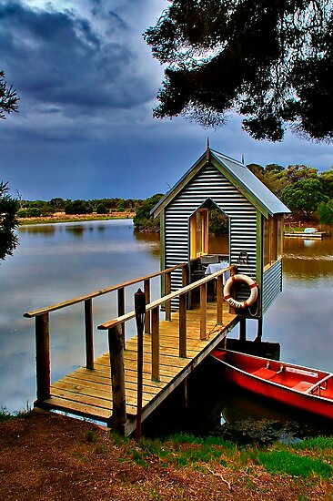 """""""Lunch Over The Lake"""" by Phil Thomson IPA"""