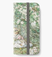 Brambly Hedge - Hawthorn blossom and babies iPhone Wallet/Case/Skin