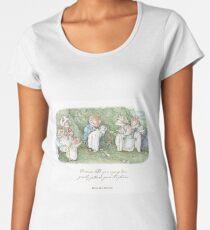 Brambly Hedge Naming Ceremony Women's Premium T-Shirt