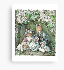 Brambly Hedge - Poppy Dusty and babies Canvas Print