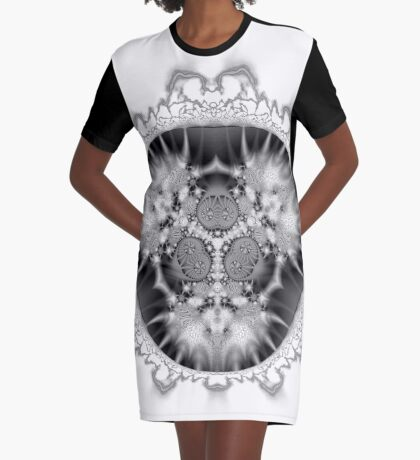 Amoeba 29 Graphic T-Shirt Dress