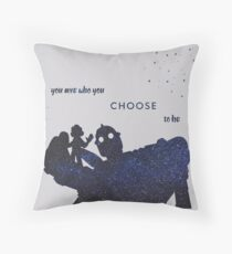 you are who you choose to be - the iron giant Throw Pillow