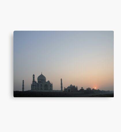 Sunset at Taj Mahal Canvas Print