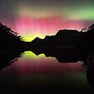 Red Beams of the Aurora over Lake Lilla by tinnieopener