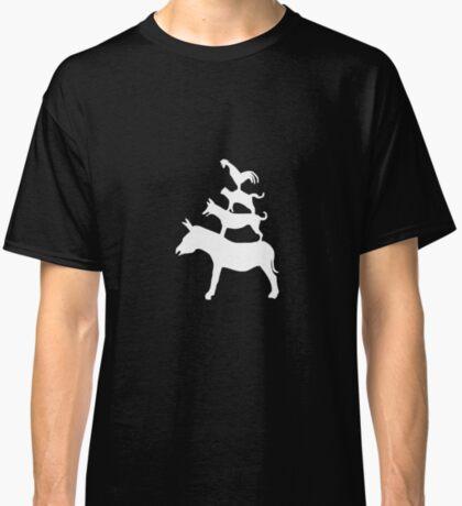 The Town Musicians of Bremen (Die Bremer Stadtmusikanten) - dark tees Classic T-Shirt