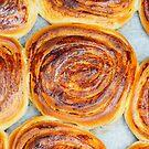 Fresh baked cinnamon rolls by Arve Bettum