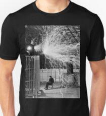 nikola testa lightning Unisex T-Shirt