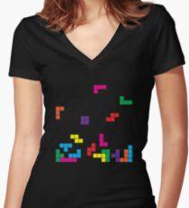 tetris on black Tailliertes T-Shirt mit V-Ausschnitt