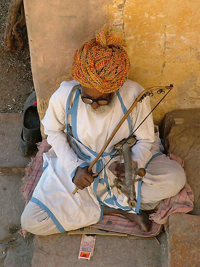 Street singer, India by AravindTeki