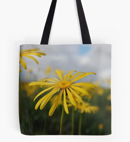 SPRING PLEASURE - Al die veld is vrolik.... Tote Bag