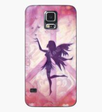Feenhafte Silhouette mit Schmetterlingen und Herz formte Friedenszeichen Hülle & Klebefolie für Samsung Galaxy