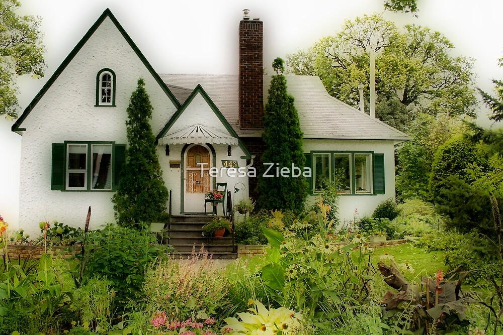 Cottage Life by Teresa Zieba