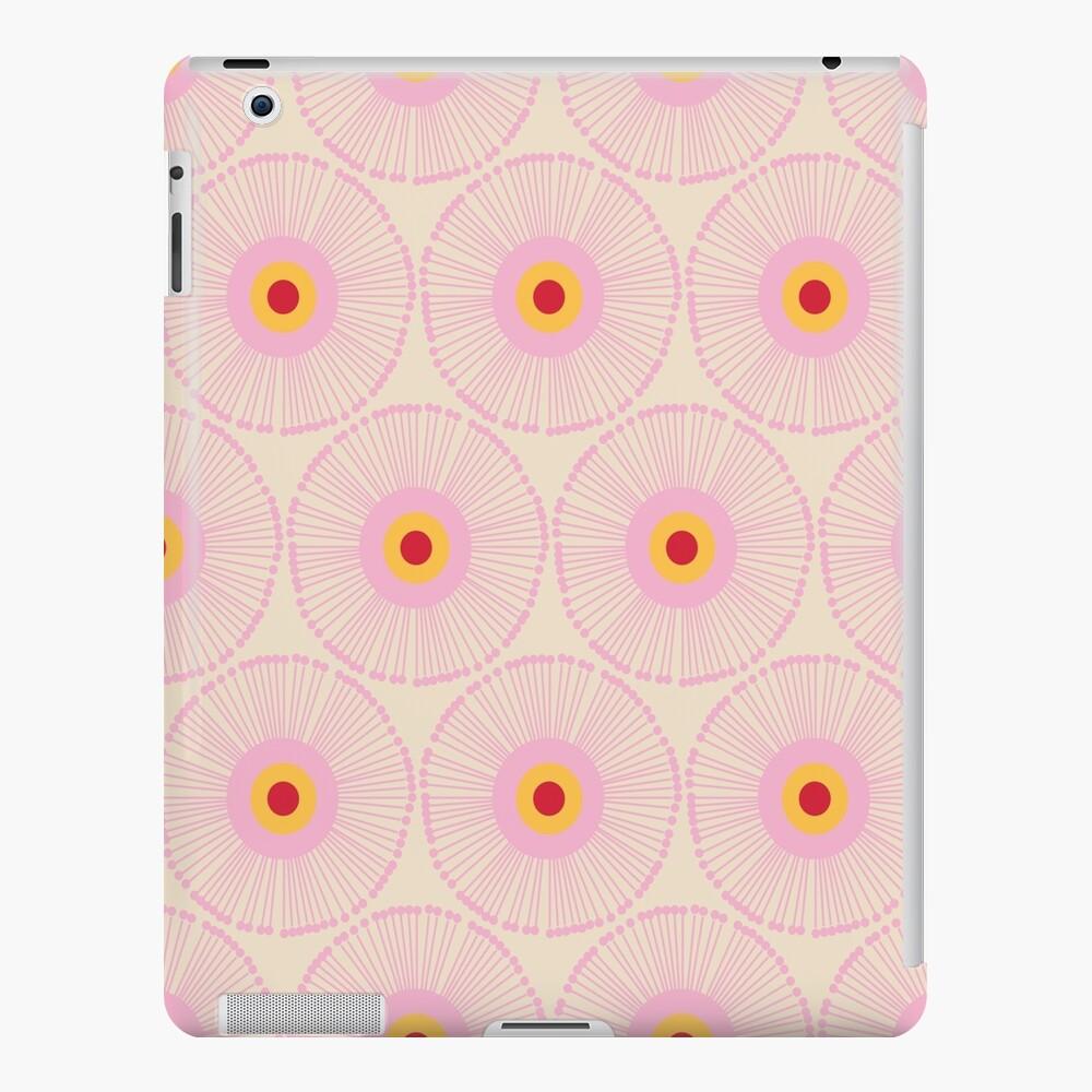 MCM Queen Funda y vinilo para iPad