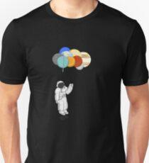 Astronaut mit Ballonplaneten Unisex T-Shirt