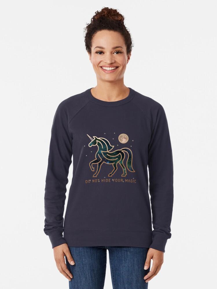 Vista alternativa de Sudadera ligera No ocultes tu magia - Unicornio galáctico