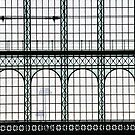 Gare de Nord by Victor Pugatschew
