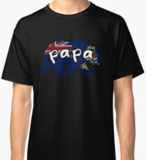 Caymanian Papa Bear Bear Family Cayman Islands Matching Gift Patriotic Father's Day Dad Father Grandpa Grandfather Couple Classic T-Shirt