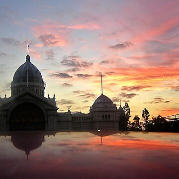 Royal Exhibition Buildings, Melbourne at sunset by rozmcq