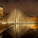 Louvre Loumiere by Victor Pugatschew
