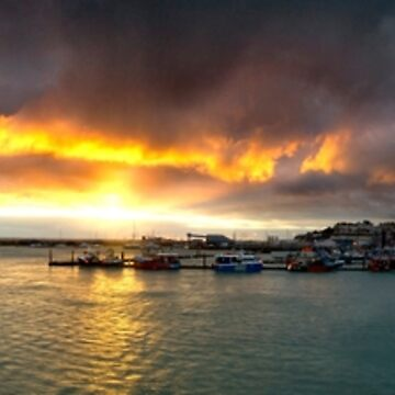Sunrise over Ramsgate's Royal Harbour by Knobrot
