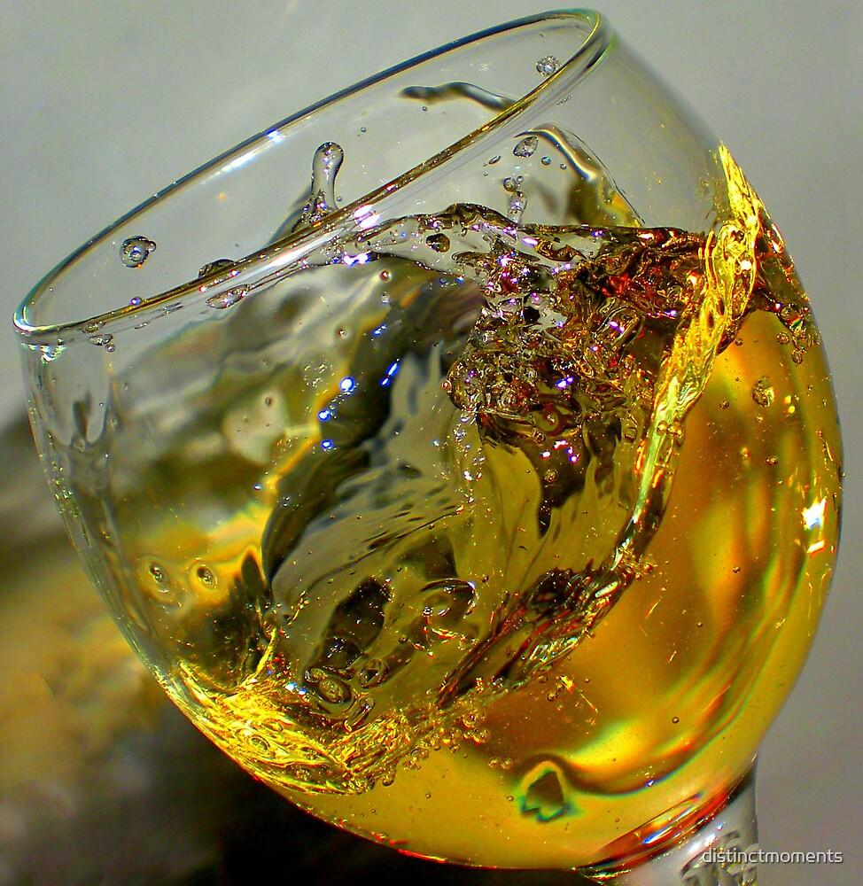 Wine Glass by distinctmoments