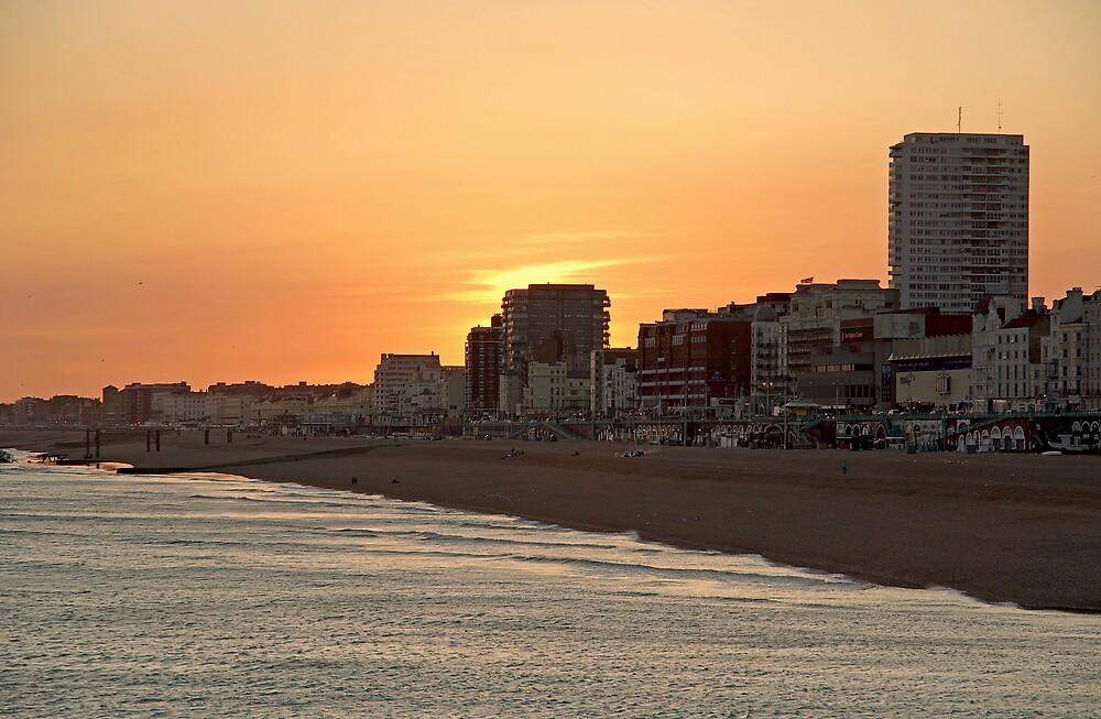 Sunset in Brighton 1 by ludek