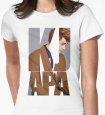 KJ Apa Tailliertes T-Shirt