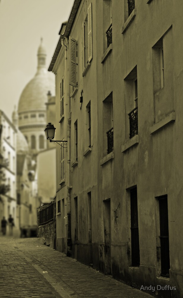 Wandering around Montmartre by Andy Duffus