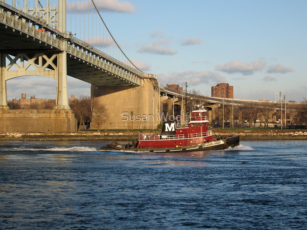 Tug boat on East River by Susan Woolf