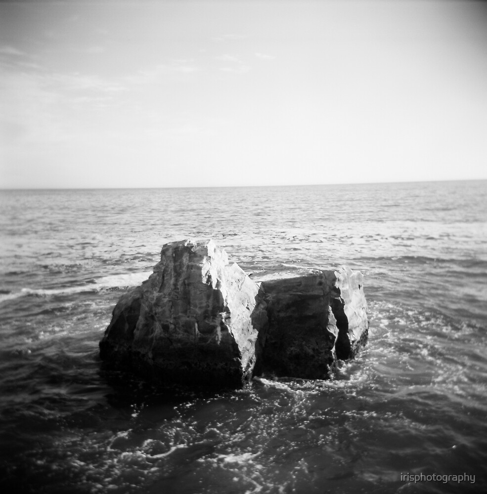 Santa Cruz ocean by irisphotography