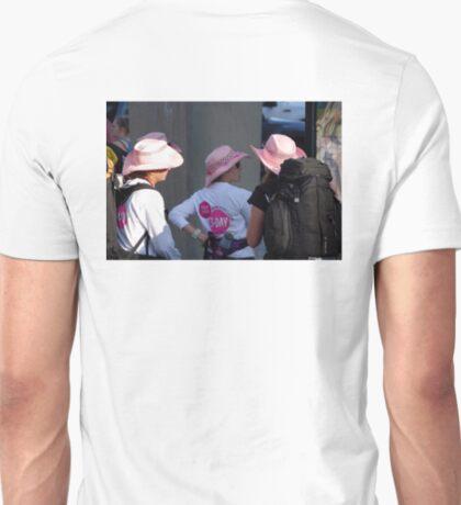Breast cancer, everyone deserves a lifetime < T-Shirt