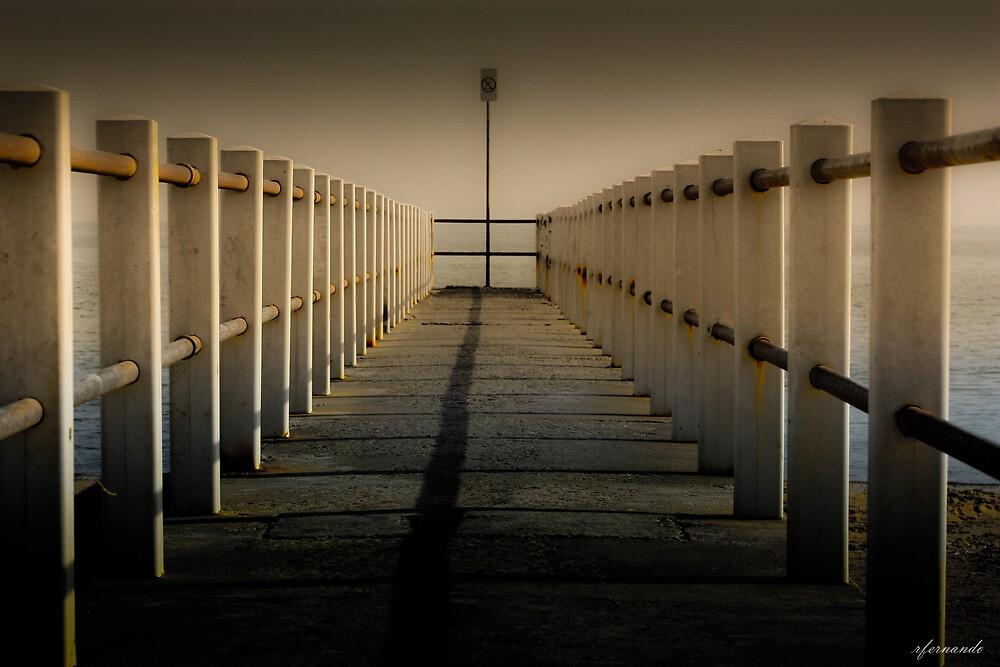 Looking at the pier... by Rukshan Fernando