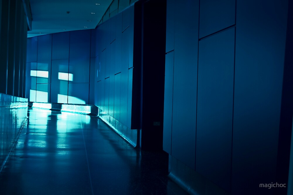 INTERIOR SHOT FROM THE LOWRY CENTRE MANCHESTER INSIDE CORRIDOR HALLWAY DARK BLUE CONCRETE MODERN ARCHITECTURE by magichoc