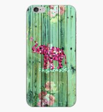 Blumen-Elefant Pink Sakura Green Striped Wood iPhone-Hülle & Cover