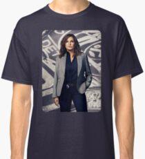 #QueenHargitay Classic T-Shirt