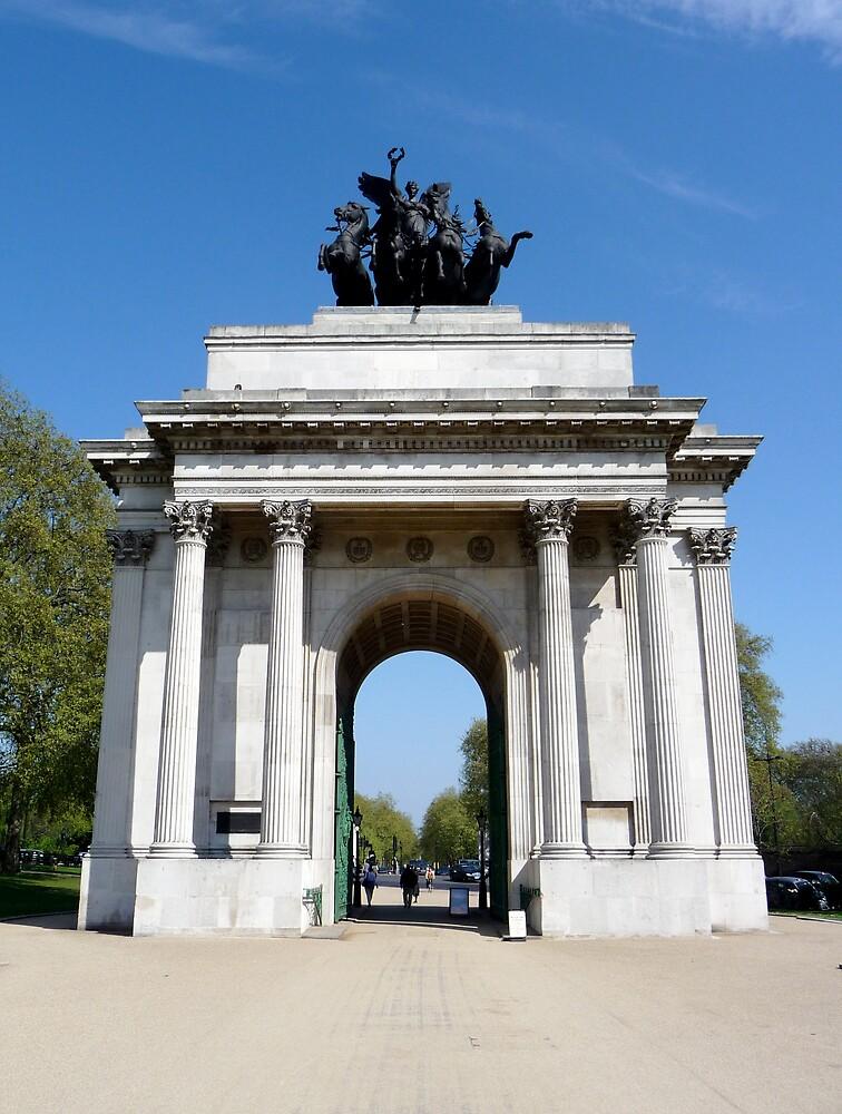 Wellington Arch, London by Braedene