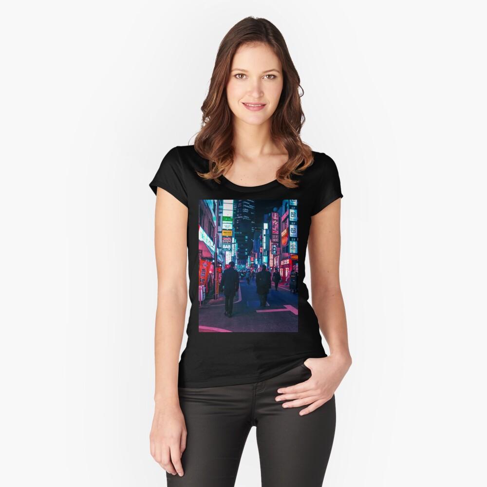 Machen Sie einen Spaziergang unter dem Neon Tailliertes Rundhals-Shirt