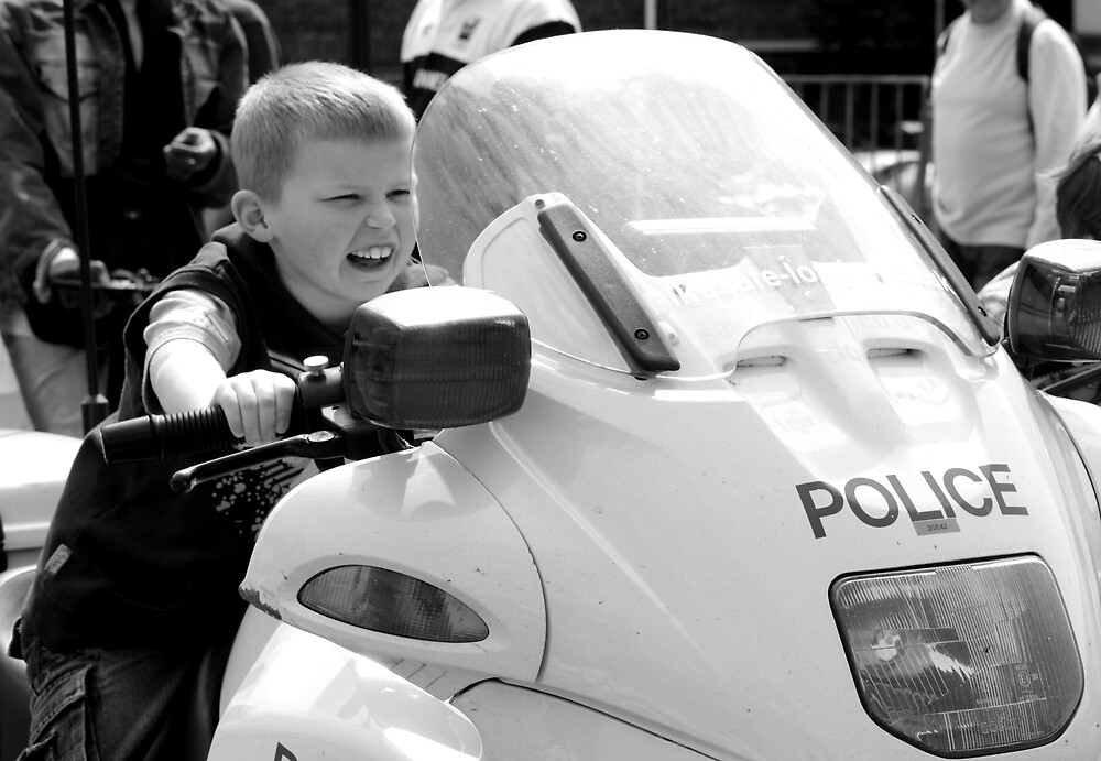 Kid Cop by Mark Tull
