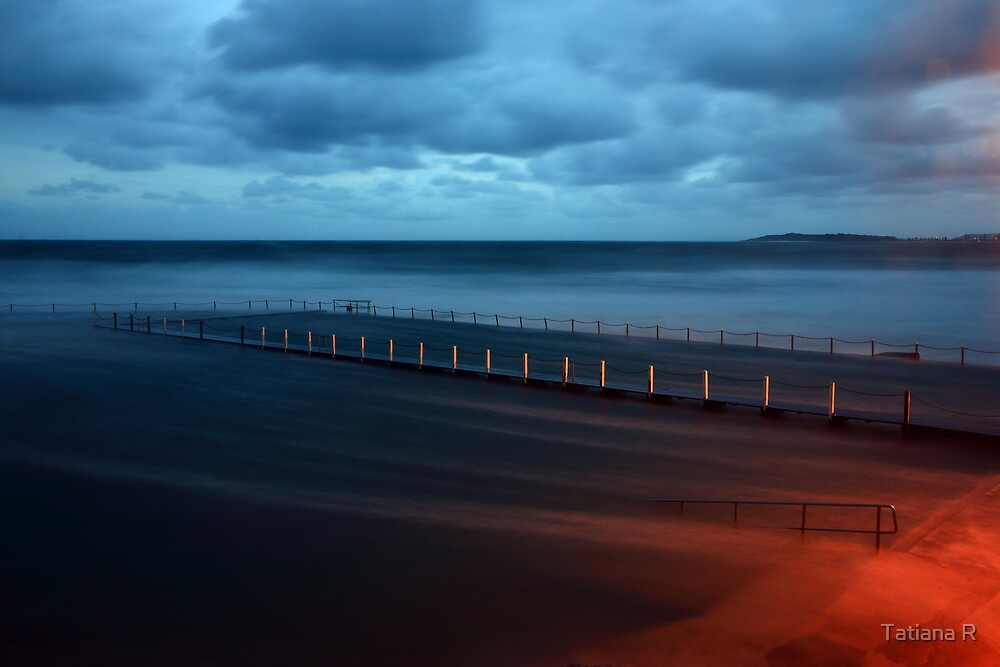 North Narrabeen Pool  - High tide 2 by Tatiana R