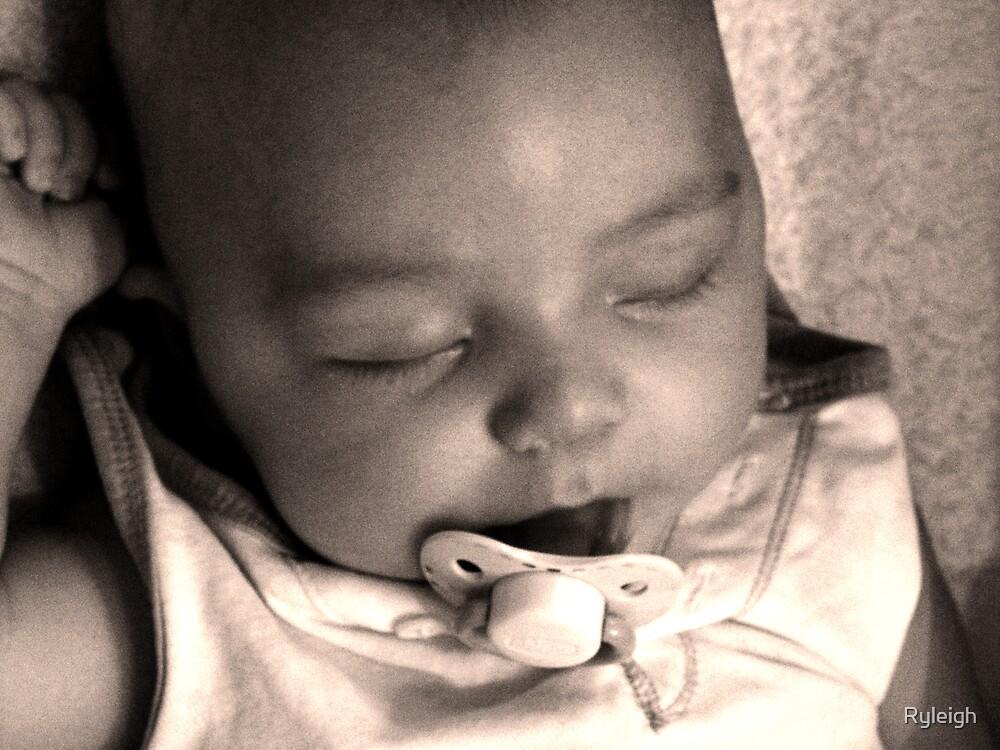 bébé by Ryleigh
