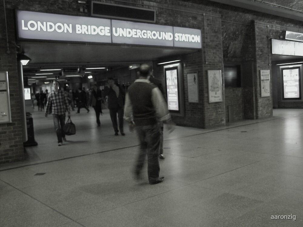London Bridge. by aaronzig