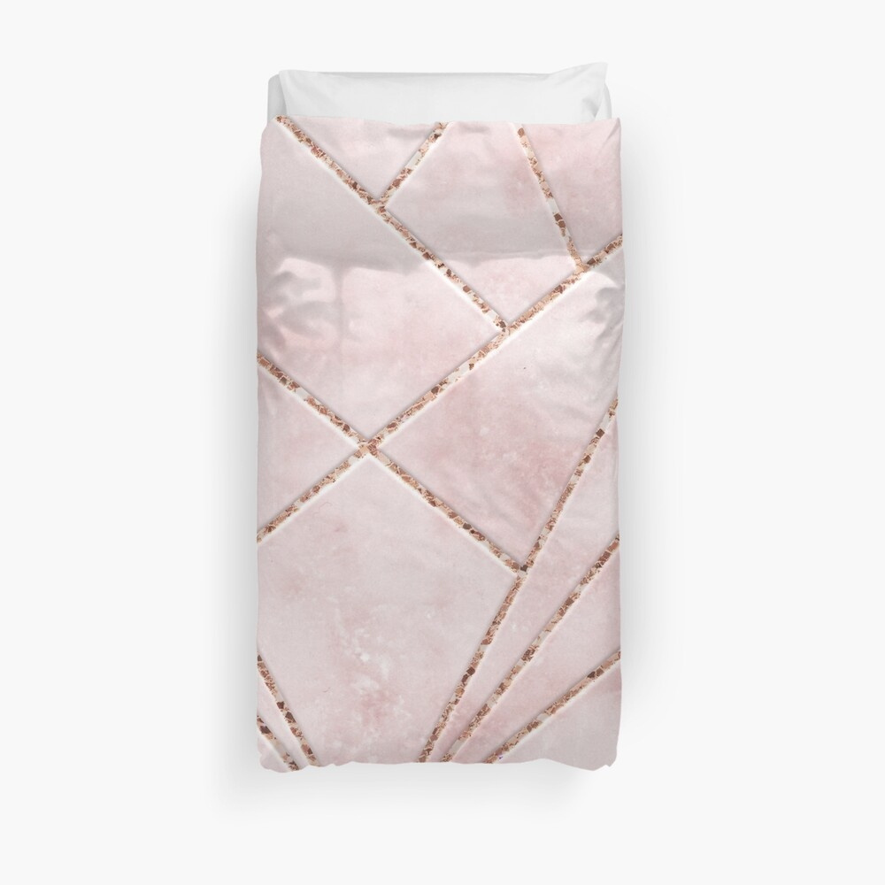 Love and illusion Duvet Cover
