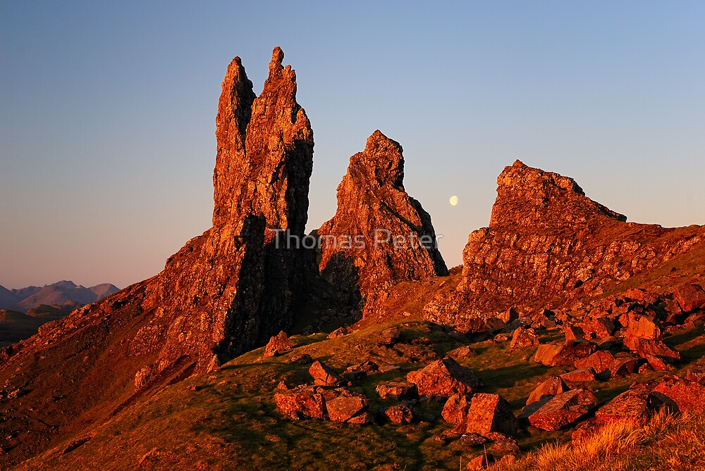 First light - Old Man of Storr by Thomas Peter