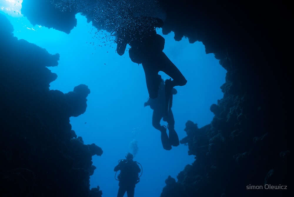 fish bowl cavern by Simon Olewicz